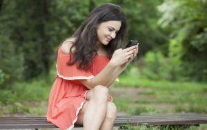 read-girls-whatsapp